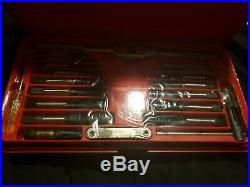 Matco Tools Automotive Sae. Tap & Die Set In Red Case 42 Piece 606td